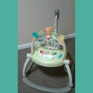 FISHERPRICE SPACE SAVER JUMPAROO WOODLAND FRIENDS